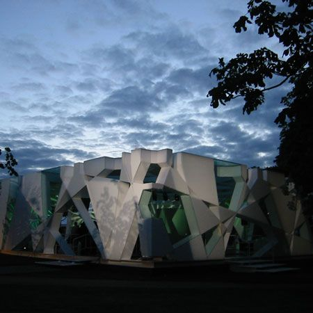 Serpentine Gallery Pavilion. Japanese architect Toyo Ito's 2002 pavilion used a random pattern of triangles and trapezoids that was derived from the algorithm of a cube that expanded as it rotated.