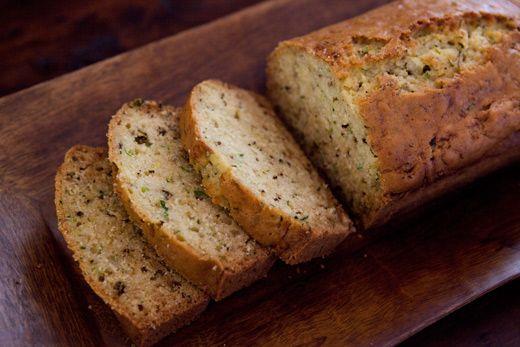 Lovely, moist zucchini bread with fresh rosemary and lemon zest.: Lemon Rosemary, Easy Bananabread, Lemon Zest, Recipes, Moist Zucchini Bread, Fresh Rosemary, Breads, Rosemary Zucchini