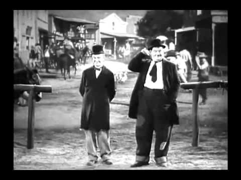 Laurel and Hardy dancing (ORIGINAL) (+playlist)