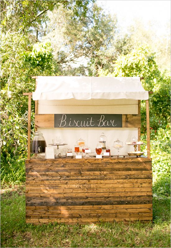 biscuit bar at a wedding ummm YES please