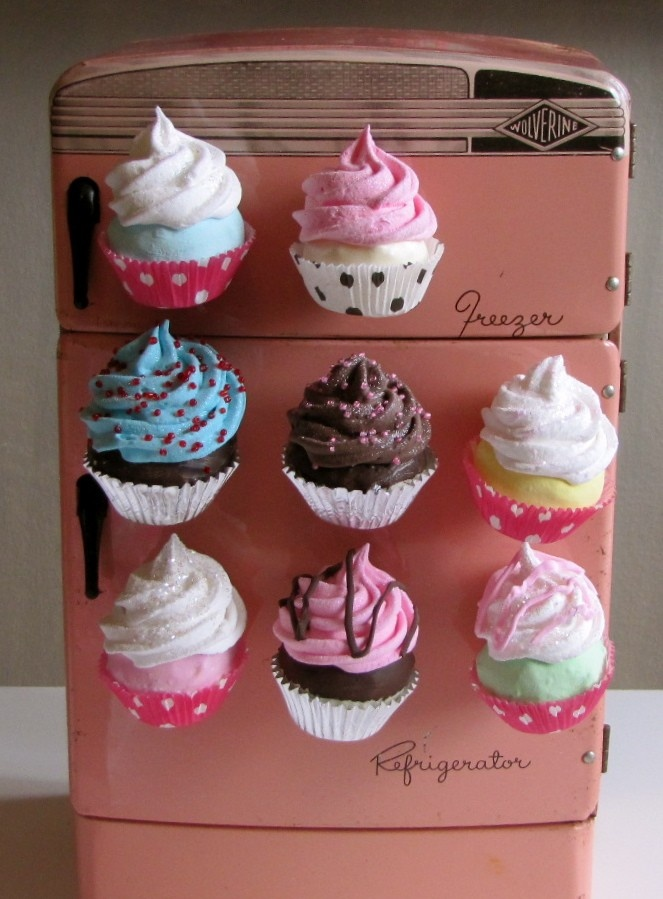 Fake Cupcake Swirly Twirly Magnets Your Choice of Two Mini Cupcake Magnets Great for Fridge, Office, Bakery, Etc