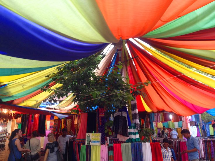 The colours and layers of this tent and the surrounding market place were bright and inviting. The markets contained hidden knick knacks and stalls that were textured and inspiring.