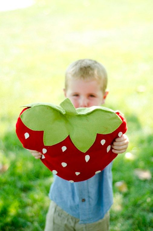 """Felt Strawberry Picnic Pillow DIY PDF Pattern by sewlovetheday: use this to make a """"Barry"""" from Cloudy with a Chance of Meatballs 2. Just need to add arms, legs, feet, eyes, etc."""