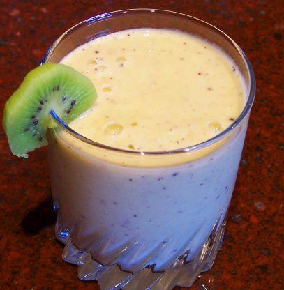 Pear, Kiwi, Berry, Flax Seed Smoothie Recipe - Food.com: Food.com