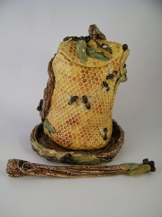 Beehive Honeypot Features Honeycomb Texture Featuring Sculpted Bees Honey Dipper And Water Moat To Keep