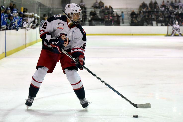 Riveters Bring Back Janine Weber - http://thehockeywriters.com/riveters-bring-back-janine-weber/