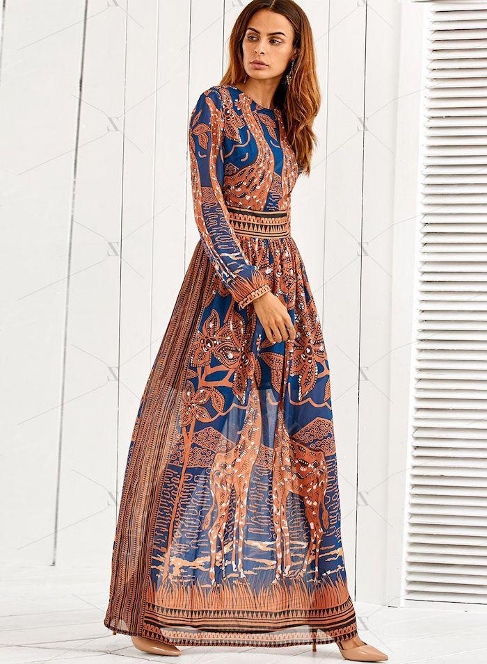 25b331213c7 Tenue idée femme stylée robe longue hippie chic robe longue fleurie robe  longue manche longue moderne