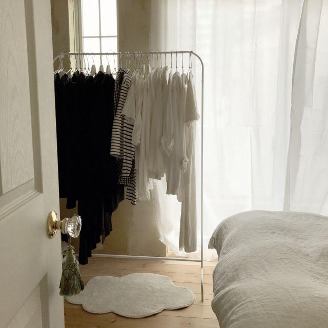 saooo39さんの、ベッド周り,無印良品,IKEA,クローゼット,寝室,タッセル,中古住宅,格子窓,寝室ドア,セルフリノベーション,くも型,無垢の床材,のお部屋写真