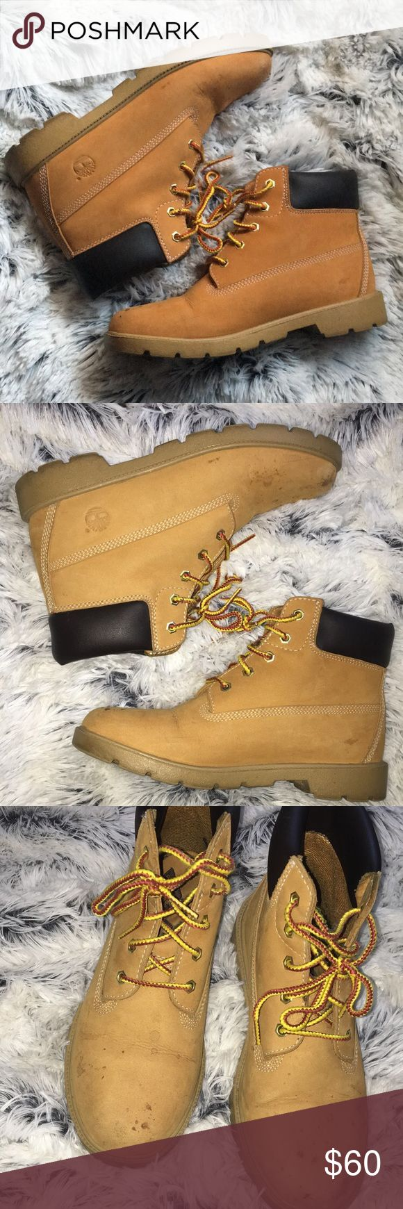 Timberland boots Men's 6.5 (women's 8.5) Scuffs on toes otherwise good condition. Can be worn with thicker socks if you have small feet😌 (I'm a size 7 in women's and that's what I did) Timberland Shoes Winter & Rain Boots