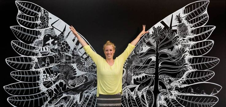 Caloundra Regional Art Gallery offers exhibitions, art classes and concerts.