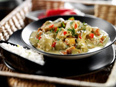 This Thai green curry chicken recipe is simple to make, yet tastes like it came from your favorite Thai restaurant. Serve with jasmine rice.