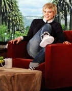 Kate McKinnon From Saturday Night Live Impersonates Ellen DeGeneres -- on the Ellen DeGeneres Show!
