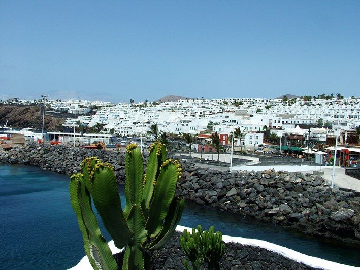 Puerto del Carmen Old Town : The old town at Puerto del Carmen is very nice, not that much to do, other than grab a coffee and relax. - Lanzarote, Canary Islands