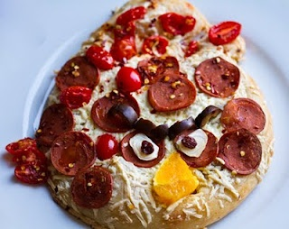 Angry bird pizza... and other angry bird food.