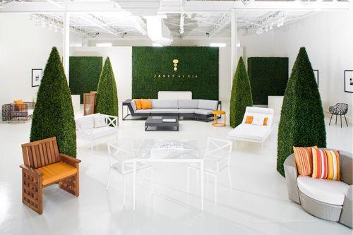 Janus Et Cie An Outdoor Furniture Showroom Patio Furniture