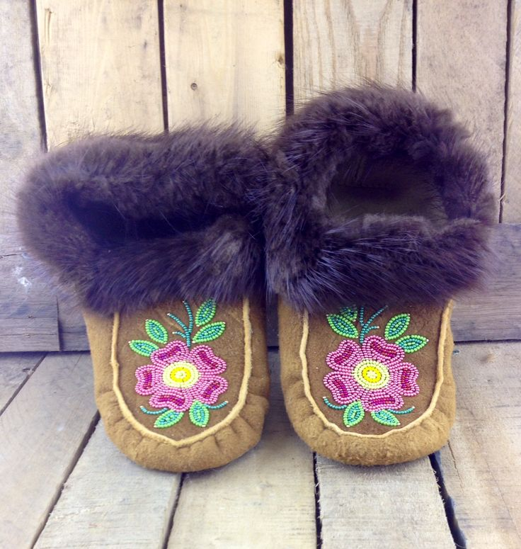 Beaver Trim Hand-Tanned Moose Hide Moccasins with Pink Beaded Flowers #Esawa #HandTanned #MooseHide #Moccasins