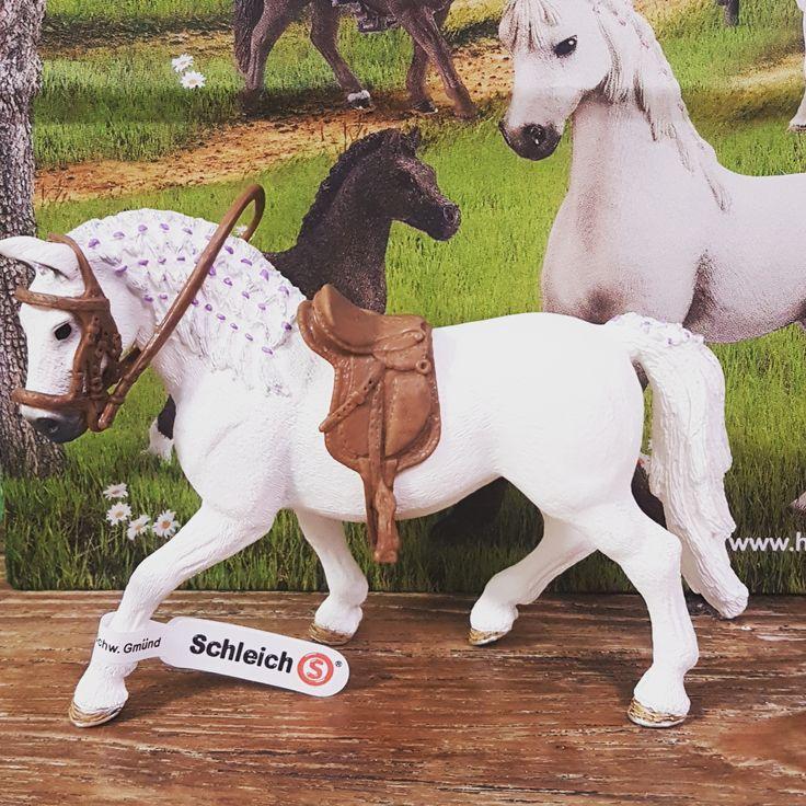 картинки раскраски лошади шляйх разобраться