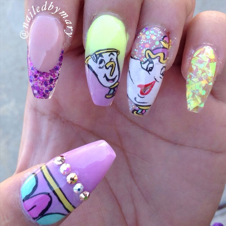 Beauty and the beast mrs pott and chip Disney coffin nails