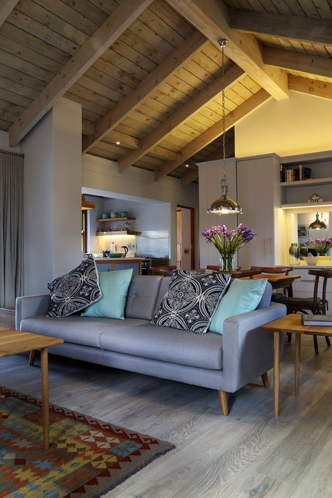 Selsey Cottage: Lounge/living Room area FIREFLYvillas, Hermanus, 7200 @fireflyvillas , bookings@fireflyvillas.com,  #SelseyCottage  #FIREFLYvillas #HermanusAccommodation