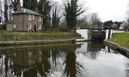 Lock Keeper's cottage, Hanwell Flight of Locks, Grand Union Canal, west London, England
