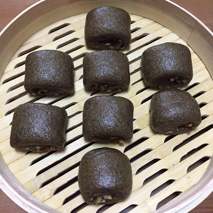 三黑馒头-黑芝麻粉,黑豆粉,黑糖+红枣,核桃