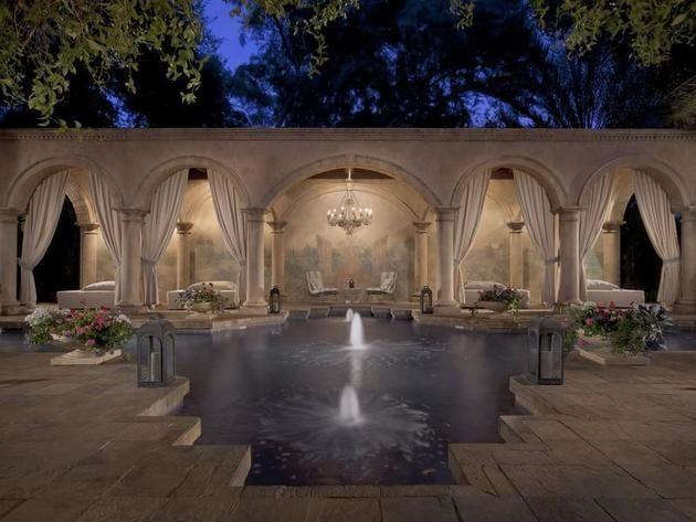 Nominee 6: Romantic Pool in Phoenix, Ariz.