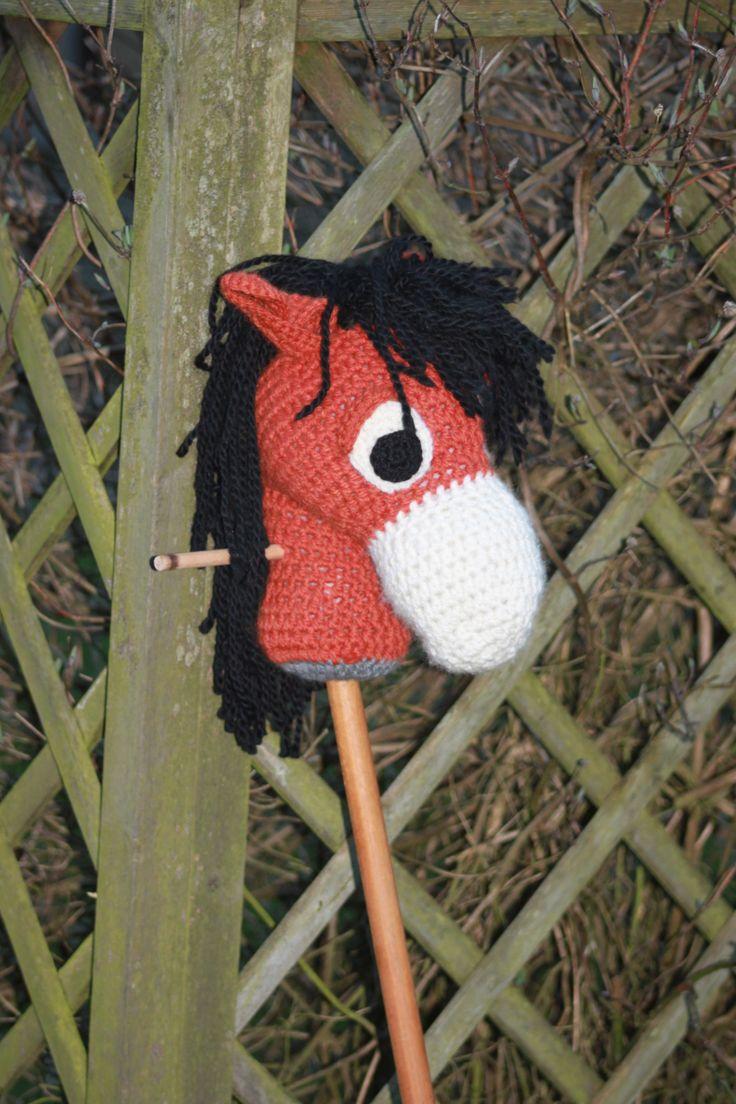 Kæphesten Konrad uden seletøj  #kaephest #haekling #hobbyhorse #crochet