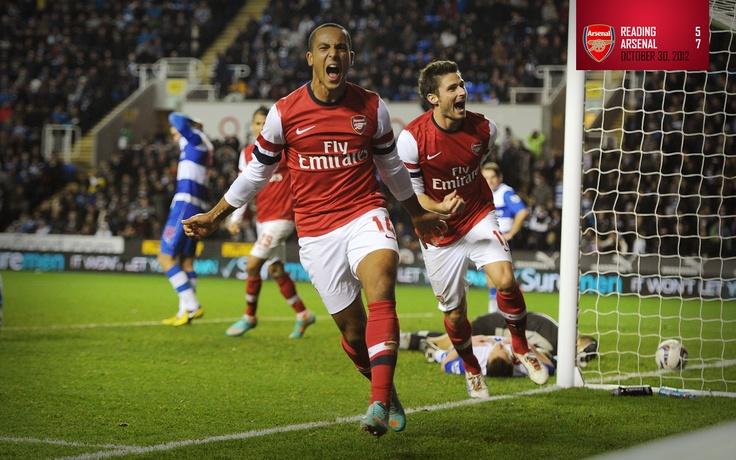 Reading 5-7 Arsenal. Theo Walcott celebrates his hat-trick goal