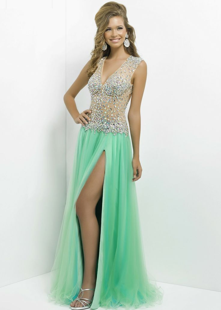 Online shopping for evening dresses