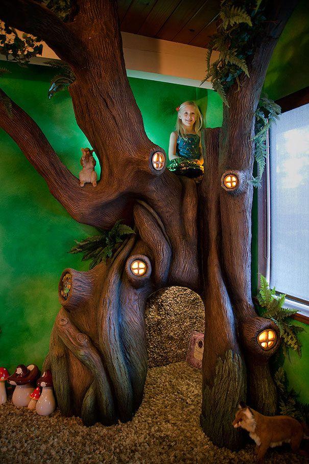 Padre convierte el dormitorio de su hija en un bosque de cuento de hadas