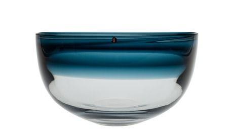Timo Sarpaneva 1926-2006 A BOWL. Sign. Timo Sarpaneva Iittala -57. Clear and blue glas. Diameter 22 cm.