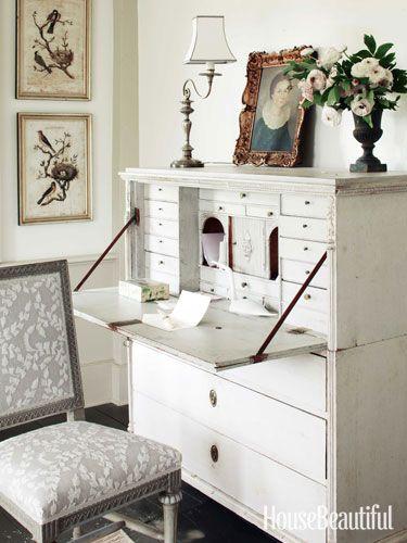 Lovely White Writing Desk