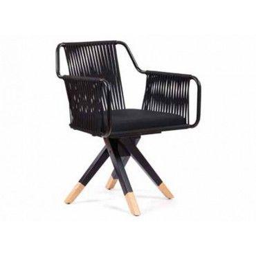 Πολυθρόνα 0210. Πολυθρόνα με ξύλινο σκελετό από φουρνιστή οξιά, σε χρώμα βαφής και χρώμα υφάσματος-δερματίνης επιλογής σας. Κατάλληλη για καφετέριες, μπαρ, ξενοδοχεία.