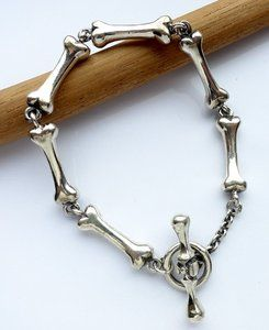 'bones' armband