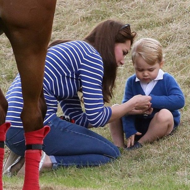 The Duchess of Cambridge with her son, Prince George at the Beaufort Polo Club on June 14th 2015    ❤️✨