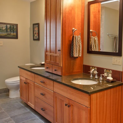 Craftsman style bathroom craftsman homes pinterest for Craftsman bathroom design