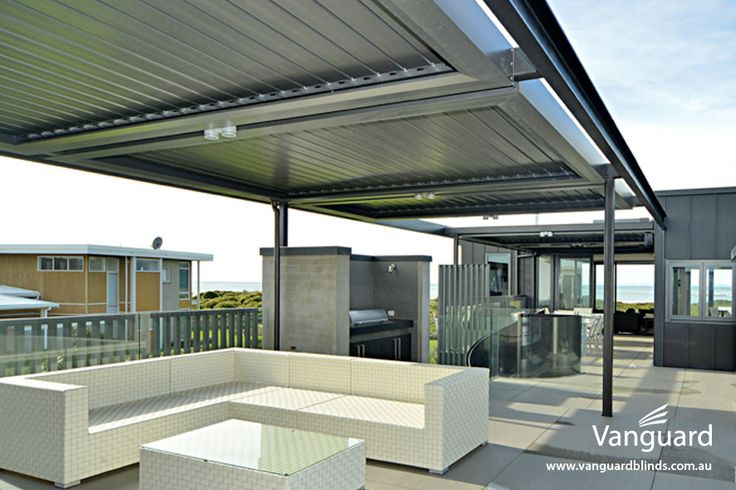 LouvreTec 180 Linear Opening Roof