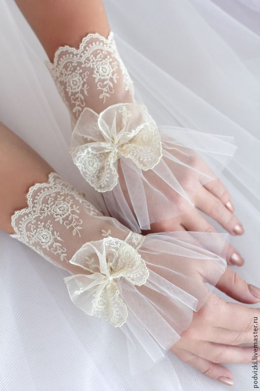 Buy Wedding gloves , lace cuffs - gloves, fingerless gloves, womens gloves…