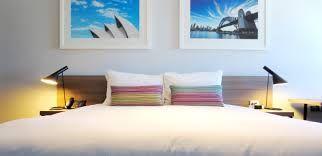 Rydges Sydney Airport Hotel (Custom Cushions by HotelHome Australia)