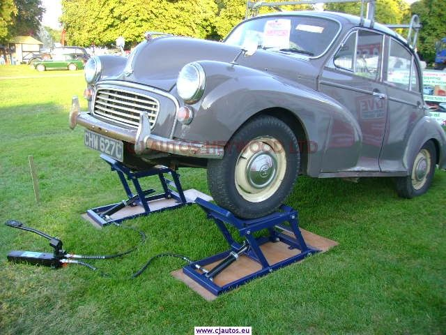Hydraulic Car Ramps   Garage equipment for the Classic Car Enthusiast