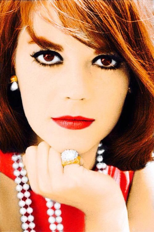 sydneyfashionlover:  Natalie Wood.