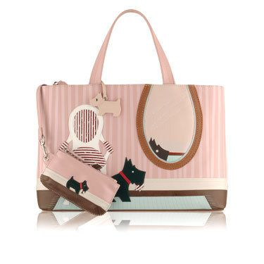 Radley Signature Tearaway 2008 18th Radley Signature bag to be released. YEAR: 2008 SEASON: Autumn / Winter NAME: Tearaway DESCRIPTION:  Radley Signature Tearaway features a wonderful applique picture of Radley sitting on a rug looking at himself in a large oval mirror. Radley is sitting next to a chair and …