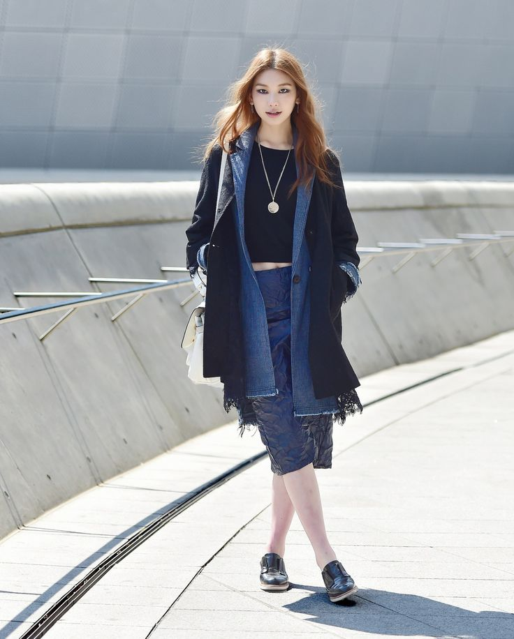 Street style: Kim Jin Kyung shot by Baek Seung Won at Seoul Fashion Week Fall 2015