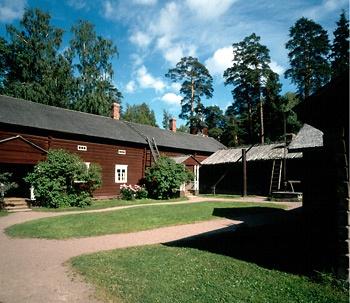 Antin talo ja pihapiiriä.Kuva: Museovirasto