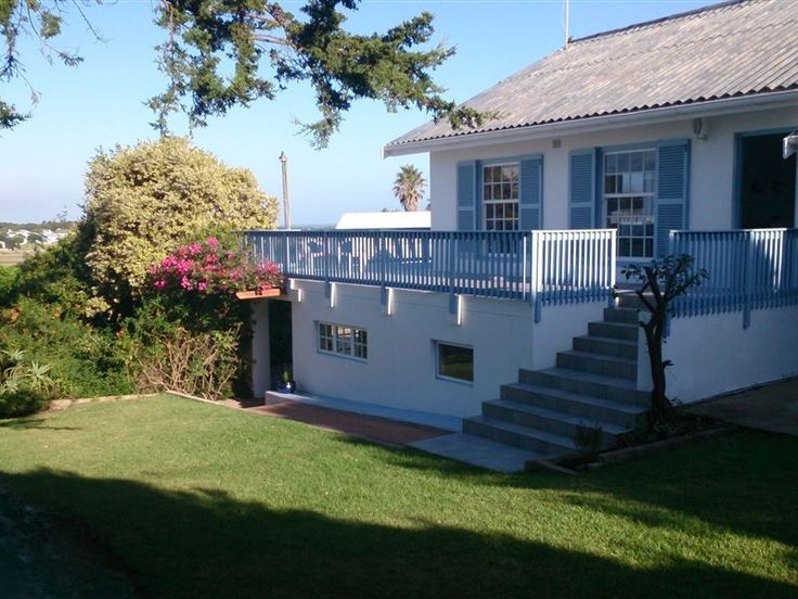 Anne's Cottage - Anne's Cottage is a bright and spacious property decorated in a blue and white coastal theme with white-washed furniture. It is situated on a quiet road in Still Bay West and has spectacular views of the ... #weekendgetaways #stilbaai #southafrica