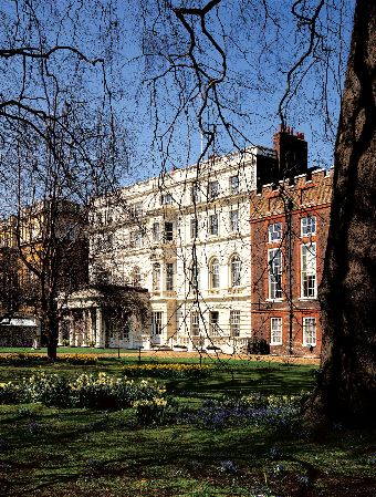 The South Front of Clarence House, photographer: Mark FiennesThe Royal Collection © 2009 Her Majesty Queen Elizabeth II