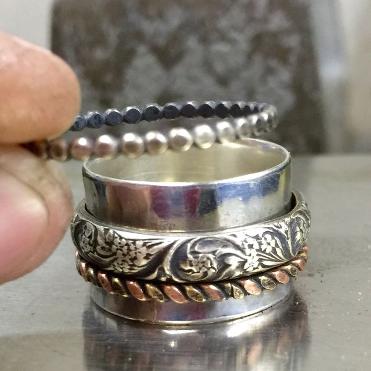 Adding the last spinner to the spinner ring.