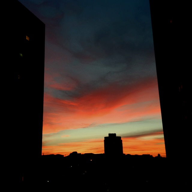 Nice sunset in the end of this Sunday in Sao Paulo.