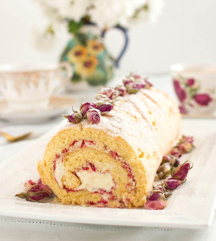 The Kiwi Cook | Gluten-free Raspberry, Rose and Lemon Swiss Roll | http://thekiwicook.com