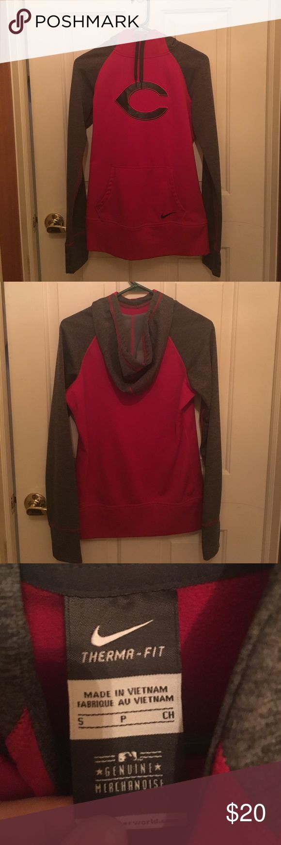Women's Cincinnati Reds Nike Hoodie, size small Hoodie in excellent condition. I only wore it maybe three times. Unfortunately, it is too small for me now. Nike Tops Sweatshirts & Hoodies